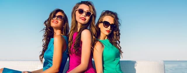 顔型・カラー別・似合うメガネの選び方